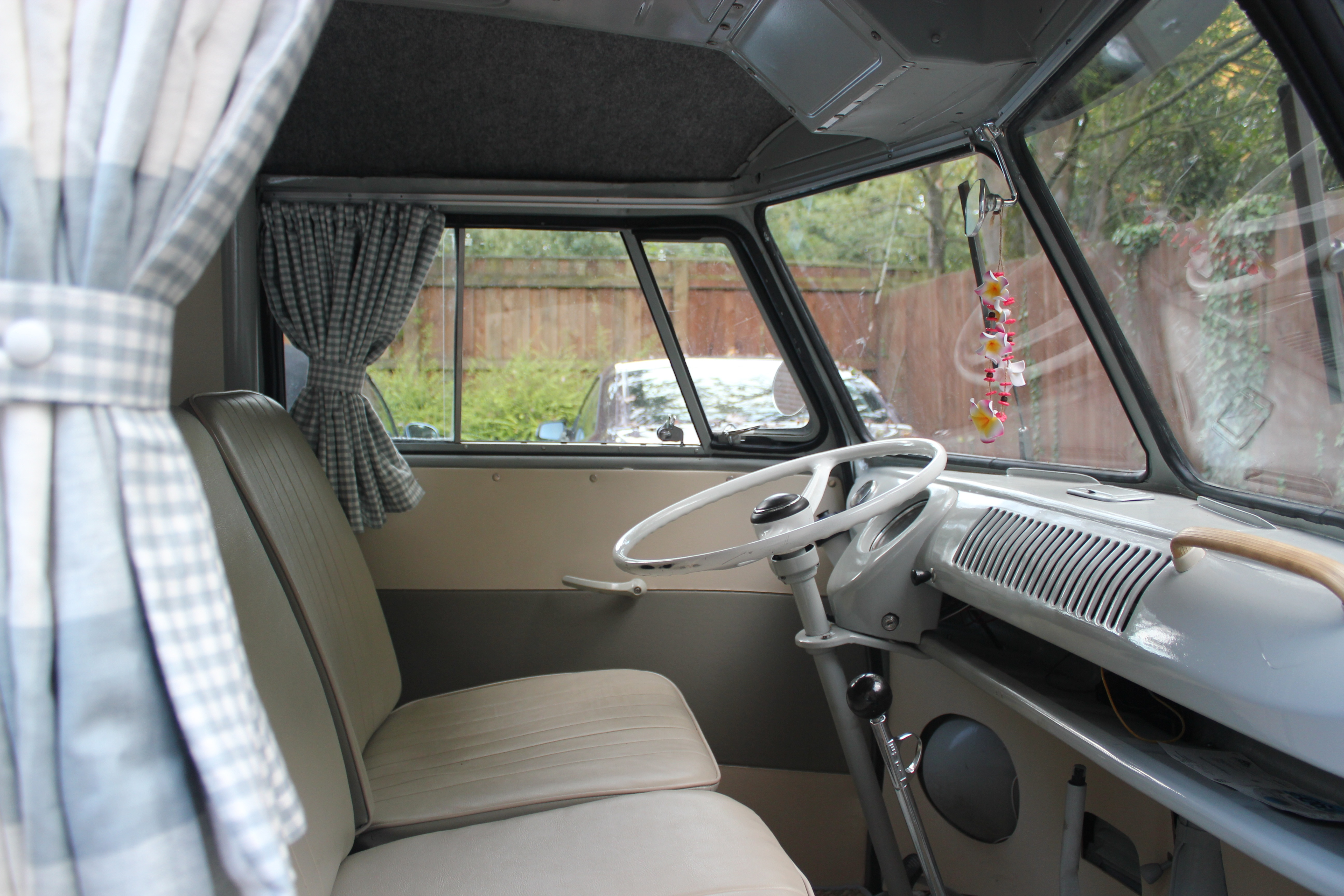 Lovely Delilahu0027s VW Camper Furnishings